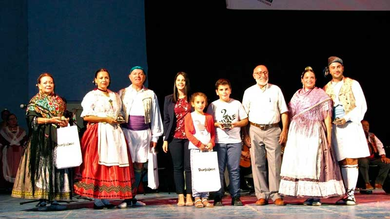 Vore les imagens de XVII Festival de Folclor Valencià